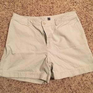 Khaki Gap retro fit shorts size 10